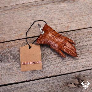Móc khóa da cá sấu hoa cà giá rẻ MK03