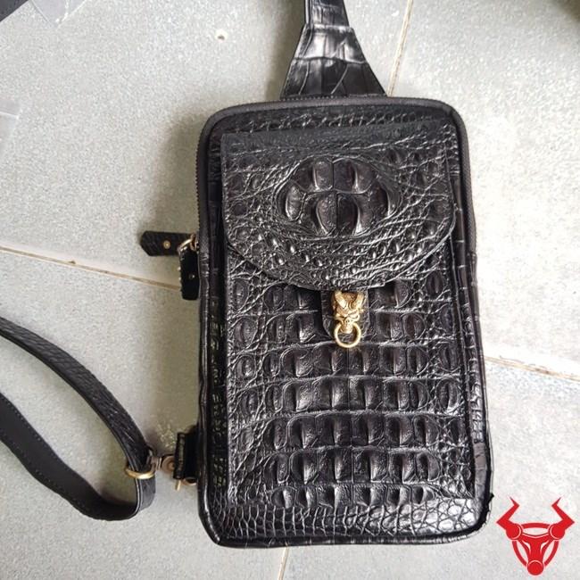 Túi Đeo Ngực Da Cá Sấu TDLCS02 giá 5,500,000₫