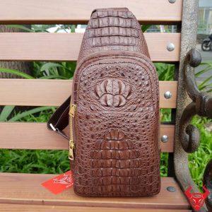 Túi Đeo Chéo Lưng Nam Da Cá Sấu TF2A4