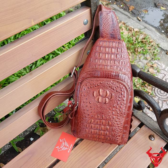 Túi Đeo Ngực Da Cá Sấu TDLCS03 giá chỉ 6,500,000₫
