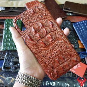 Ốp Lưng Iphone XS Max Da Cá Sấu 8 Gù Nâu Đỏ