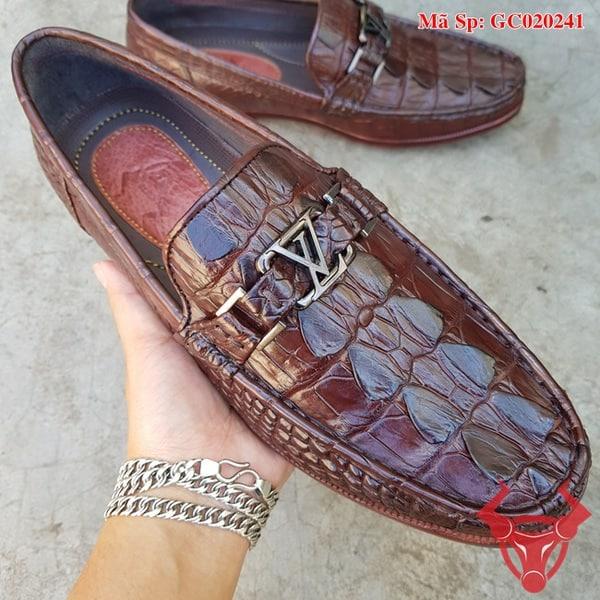 Giày Mọi Da Cá Sấu Màu Nâu GC020241