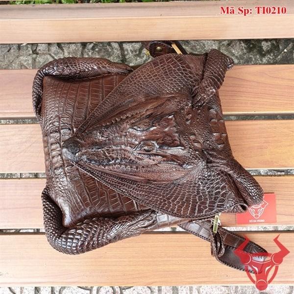 Túi Đeo Chéo Đầu Da Cá Sấu TI0210