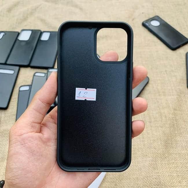 Phoi Op Dien Thoai Dan Da Samsung Va Iphone 013