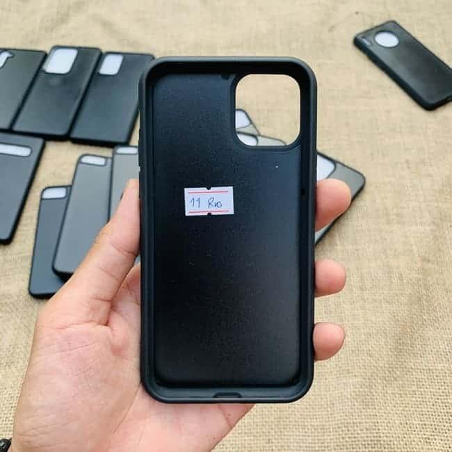 Phoi Op Dien Thoai Dan Da Samsung Va Iphone 019