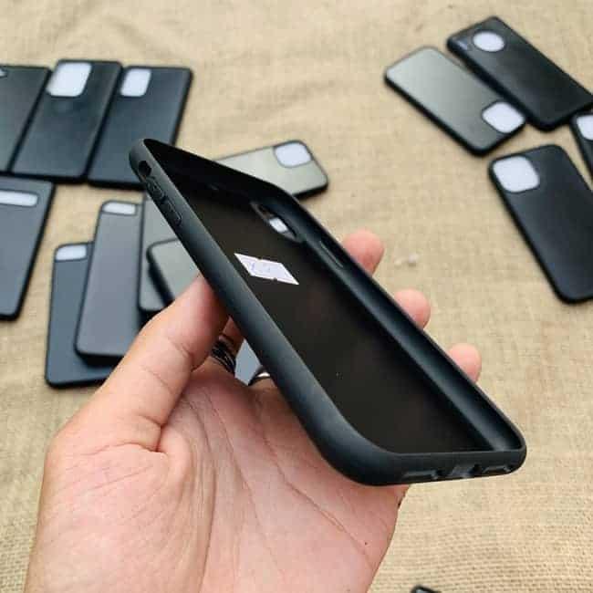 Phoi Op Dien Thoai Dan Da Samsung Va Iphone 09