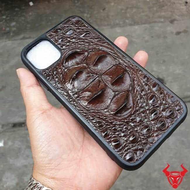 Op Lung Da Ca Sau Iphone 11 Gu Nau Den2